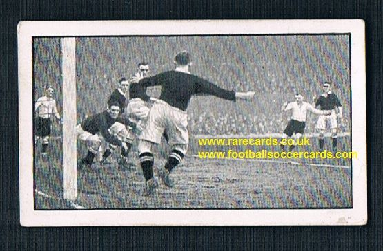 1930 Teasdale sweet cigarettes Derby v Pompey trade card
