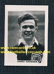 1958 Colinville Footer Foto Gum card International Football Stars Clyde Scotland Harry Haddock