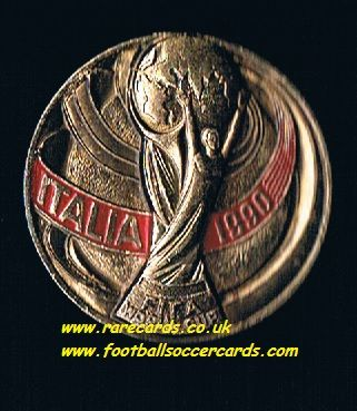 1970 gold-colour Italia WC90 1990 World Cup WM90 metal badge with pin