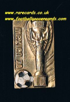 1970 gold-colour Jules Rimet WC70 Mexico 70 World Cup WM70 metal badge with pin
