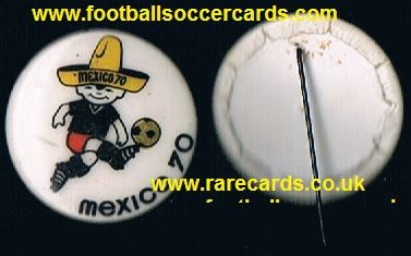 1970 World Cup pin enamel plastic Juanito badge intact
